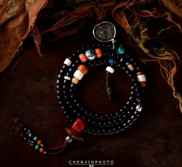 藏传佛教艺术收藏品佛珠手链电商产品