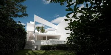 这座迷你花园住宅从任何角度看都是一副三维画作