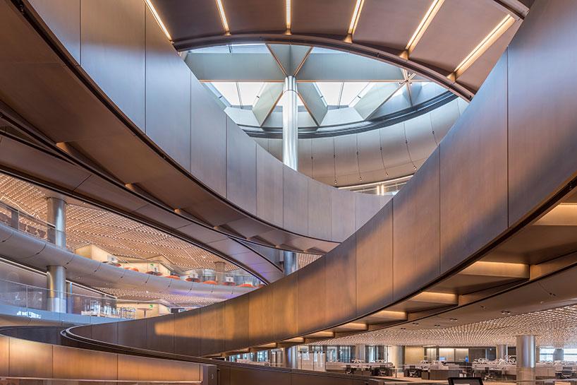 欣赏伦敦彭博集团总部华丽的内部设计的相关图片