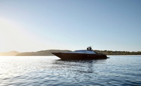 """英國""""捕食者""""超級游艇改裝成私人休閑船,簡直和酒店沒兩樣!"""