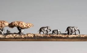 藝術家Cindy Chinn將鉛筆芯雕刻成精美的雕塑工藝品