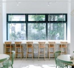 带花草大棚的咖啡厅丨成都咖啡厅设计